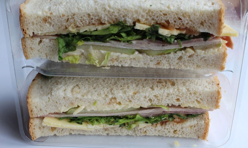 Asda Wiltshire Ham & British Cheddar Ploughman's plastic tray