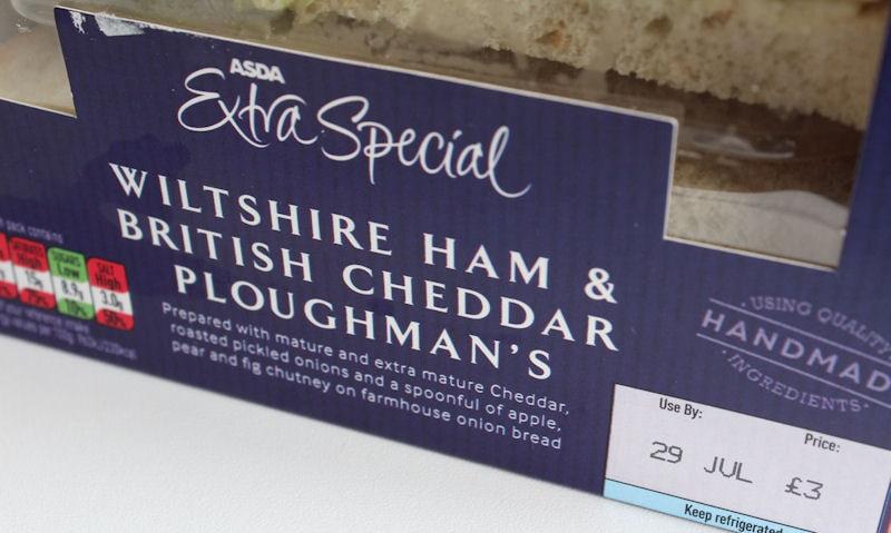 Asda Extra Wiltshire Ham & British Cheddar Ploughman's packaging