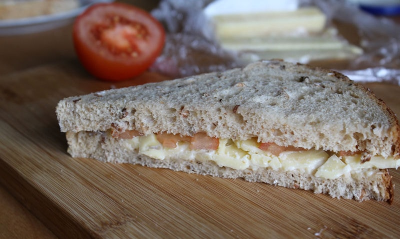 Cheese & Tomato Sandwich Recipe