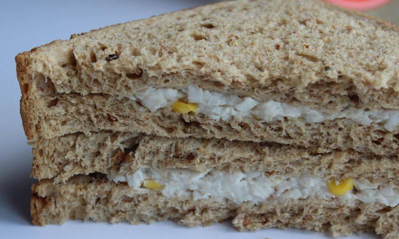 Tesco Chicken & Sweetcorn Sandwich, no ingredients corners