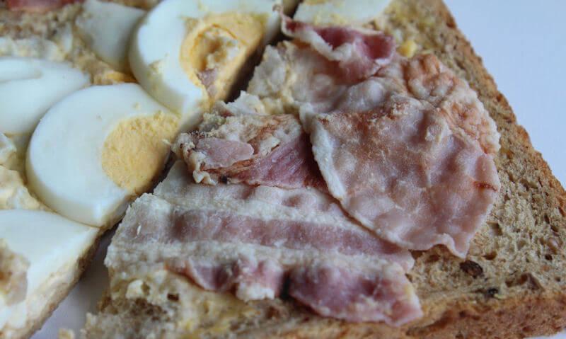 Tesco Egg & Bacon Sandwich, egg, bacon ingredients