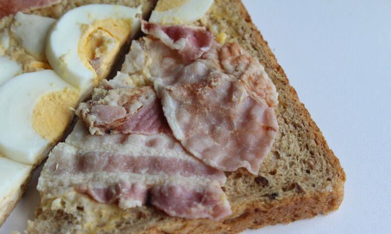 Tesco Egg & Bacon Sandwich, doubled up bacon